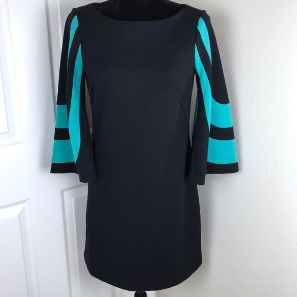Trina Turk Dresses & Skirts - Trina Turk black 3/4 length sleeves blue stripes